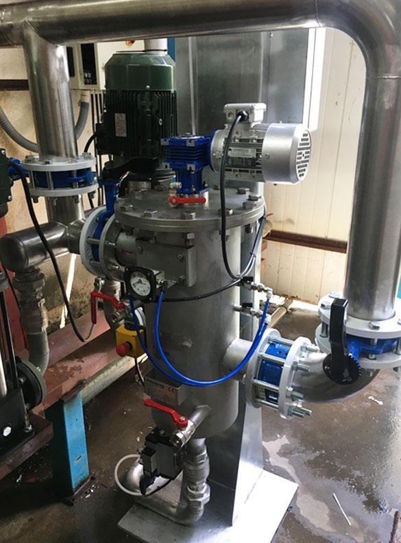 eliminación de restos de poliestireno en el agua derivados del proceso de refrigeración de moldes